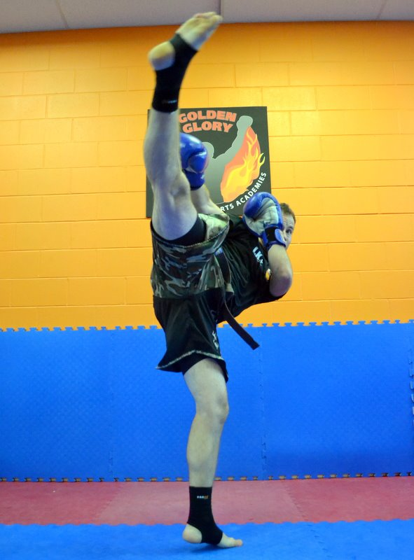 mens_kickboxing